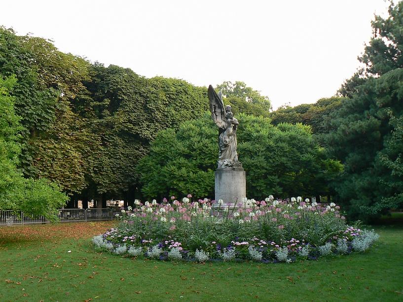 Le Jardin du Luxembourg: Statue de Leconte de Lisle 025